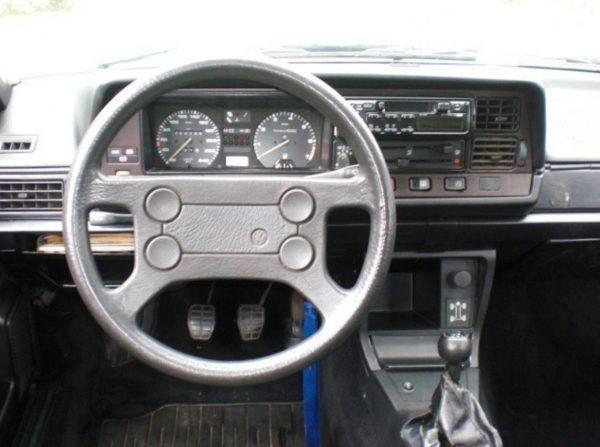 Интерьер VW Passat B2