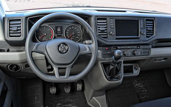 Передняя панель VW Crafter