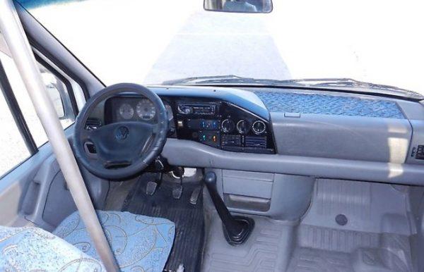 Приборная панель первого Volkswagen LT 35