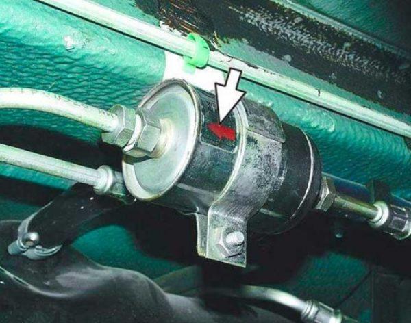 Стрелка на топливном фильтре