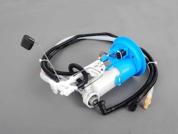 Топливный фильтр для бензина с топливопроводами
