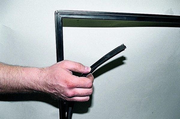 Снятие уплотнителя дверей