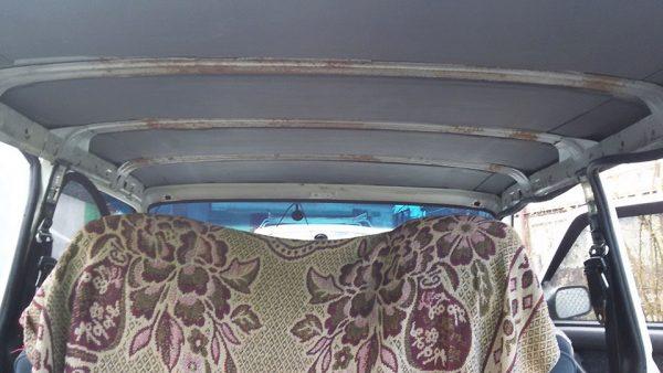 Потолк без обшивки