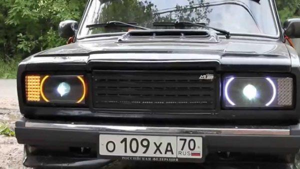 Необычные передние фонари ВАЗ 2107