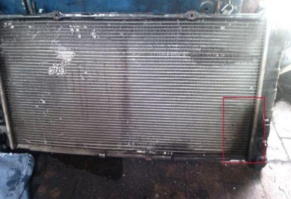 Радиатор течёт